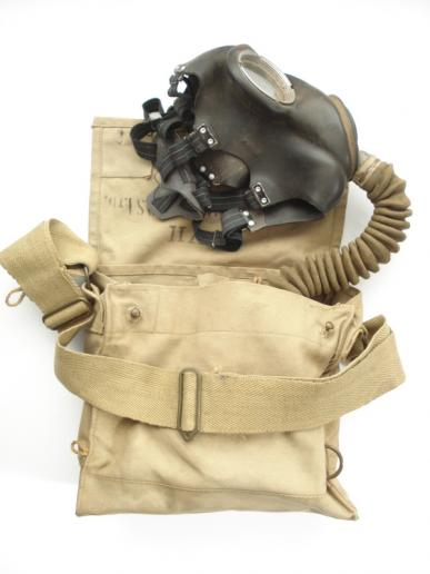 WW2 British MKV Service Respirator & Indian MKVII Haversack